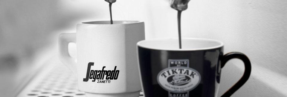 Twee kopjes koffie TikTak Segafredo